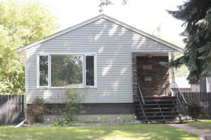 Four Bedroom Home In Sought After Forest Heights Edmonton