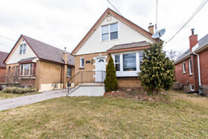 For Sale - 5 Bedroom 2 Unit Income Property - 867 Concession!