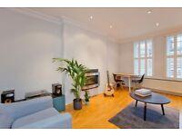 2 bedroom flat in Primrose Gardens, Belsize Park, NW3