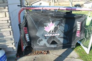 "hockey Canada accushot 72"" shooter tutor London Ontario image 1"