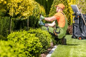 Power-up Gardeners&Landscapers