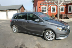 2017 Mercedes-Benz B250 Turbo 4MATIC Sports Tourer 5-Door Hatchb
