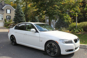 IMPECCABLE !!!!!  2011 BMW 3-Series cuir Berline