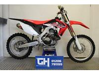 2016 (16) Honda CRF450R 450cc Moto Cross Red