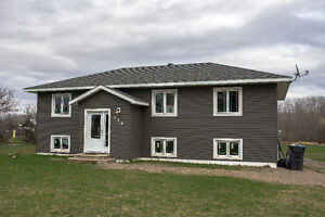 390 Carpin Beach Road, Sault Ste Marie 5 year old Home on 5 Acre