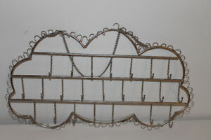 Cloud jewellery storage hanger