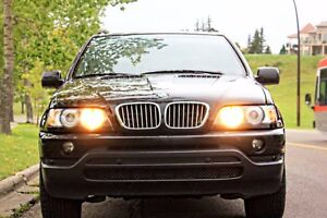 BMW X5 - MINT- smells like new - AS IS