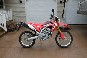 Brand new Honda CRF-250L    ONLY 1131kms