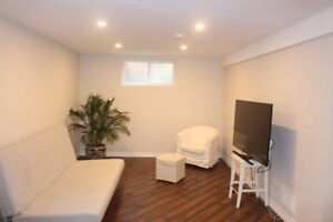 1 BDRM UNIT AT LEGAL DUPLEX . WI - FI and UTILITIES INCLUDED !