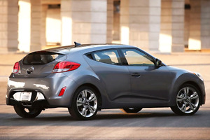 2015 Hyundai Veloster  Tech only 48,000kms!