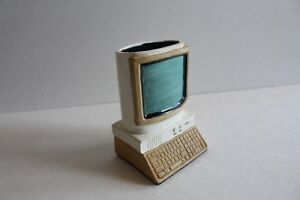 Classic Computer design pen and pencil holder!
