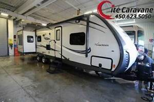 2016 Coachmen Freedom Express Maple Leaf Edition 3 extensions +
