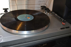 RECORDS CDs TAPES + 3 AFFORDABLE TURNTABLES & RECEIVERS SPEAKERS Windsor Region Ontario image 4