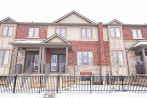 Open Concept Large 3 Bedroom Freehold Townhouse In Ancaster!