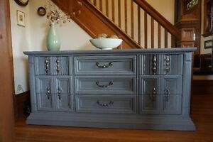GREAT CONDITION! GRAY DRESSER WITH NINE DRAWERS
