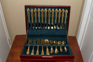 65 Piece Gold Flatware Silverware 12 Place Set - New in case
