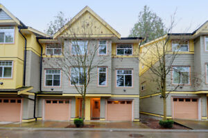 CEDAR LANE! 3 BED, 3 BATH TOWNHOUSE North Surrey
