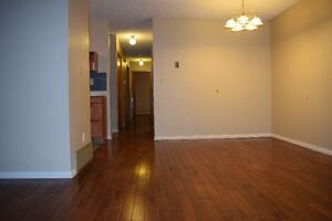 Family Home – 6 Bedrooms! Only $2000/Month