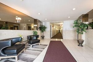 SPACIOUS RENOVATED SUITES AVAILABLE NOW! London Ontario image 9