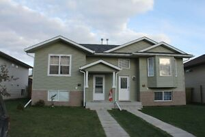 Lacombe. Pet friendly. Short term. Or 6 month lease.
