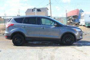 2013 ford escape Se 1.6 ecoboost front wheel drive