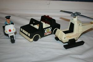 Fisher Price Husky Helpers - Policeman & Vehicles