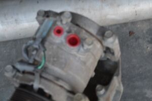 AIR COND. COMPRESSOR & POWER STEERING UNIT ASSEMBLY 1500 PICKUP London Ontario image 3