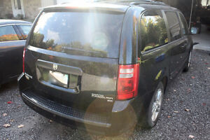 2010 Dodge Grand Caravan Stow-N-Go - 128K - $7400 Kawartha Lakes Peterborough Area image 4