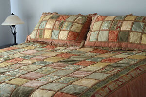 Quilt set - King Size (incl. shams & skirt)