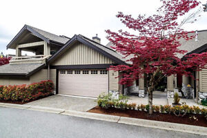 Beautifully Maintained Townhome in Sought after Nahanee Woods!