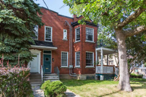 Clean, quiet and spacious 5 1/2 upper duplex NDG