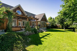 2,348 SF - 4 BED - 3 BATH - Highly sought after Kelowna South