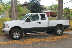 2006 Ford F-250 XLT Pickup Truck - PRICE REDUCED!