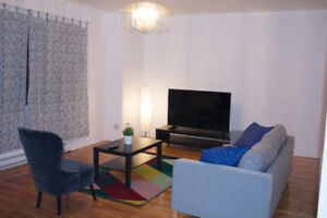 STYLISHLY FURNISHED ROOM WITH EVRYTHG INCLUDED/ CHAMBRE A LOUER