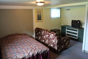 Victoriaville: Grande chambre à louer.