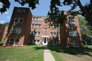 Old South Charm 2 Bed w/Hardwood Floors & Controlled Entry London Ontario image 1