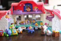 Doll house with figurines