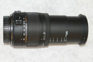 Like New Sigma 18-250mm f3.5-6.3 DC MACRO OS HSM for Canon DSLR