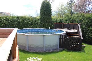 Heated pool for sale / Piscine chauffée à vendre