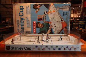 Wanted.. Hockey table  Coleco...munro,,eagle toy....