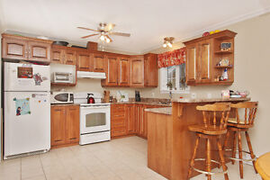 Great Family Home in Southlands St. John's Newfoundland image 2