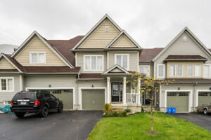 Impeccable 3 bedroom townhome in up and coming Binbrook!