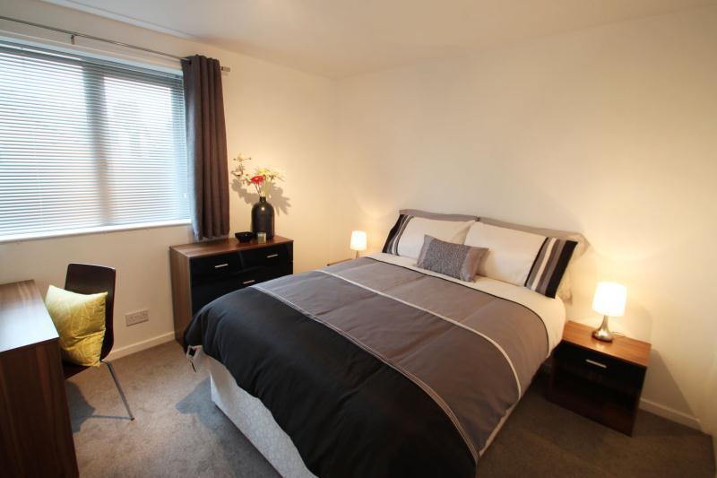 2 Bedroom Flat In Lonsdale Court West Jesmond Avenue Jesmond Newcastle Upon Tyne Ne2 3hf