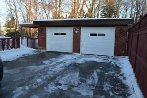 Well cared for 2 bed unit for rent in a duplex Kitchener / Waterloo Kitchener Area image 2