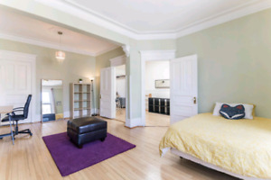 Big apartment available for Sept 1st 5 + bedrooms Appliance incl