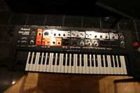 Clavier synthétiseur Roland SH-201 61 notes