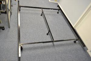 ADJUSTABLE   METAL BED FRAME WITH CENTER SUPPORT
