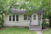 3 Bedroom Houses South Side University!