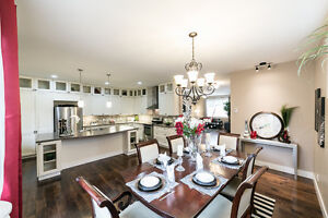 ONLY STEPS FROM MILL CREEK RAVINE!! 3000 sq ft FULLY FINISHED! Edmonton Edmonton Area image 5
