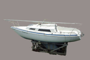 22 Sailboat | Great Deals on Used and New Sailboats in